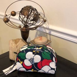 Kate Spade Dawn Breezy Fl Med Dome Cosmetic Bag